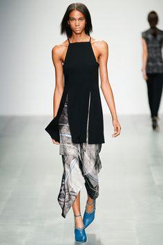 Marios Schwab Spring 2015 Ready-to-Wear - Collection - Gallery - Style.com
