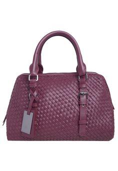 12 melhores imagens de CHANEL   Beige tote bags, Chanel handbags e ... e01083a215