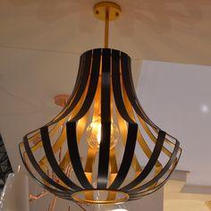 Lisbon to Moscow ceiling lamp.  Candeeiro de teto, Lisboa a Moscovo.