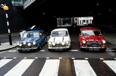 Three Mini Coopers, used in 1969 film The Italian Job, have gone on show at the Museum Of London. Part of the famous flick featuring the iconic cars was. Minis, Classic Mini, Classic Cars, Mini Cooper Classic, Retro Cars, Vintage Cars, The Italian Job, Mini Cooper S, Rover Mini Cooper