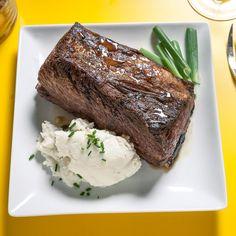 Wedding Food | Get More Inspiration at www.indyweddingideas.com It's all in the details. #Indyweddingidea