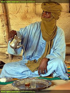 Tuareg tea - Thè tuareg by Piero Zilio, via Flickr