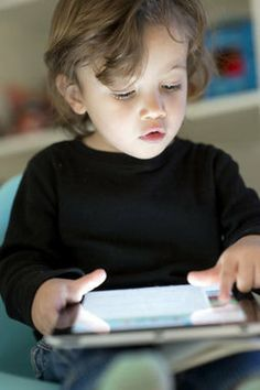 Engaging+with+Ebooks+Can+Aid+Children's+Literacy,+Study+Finds
