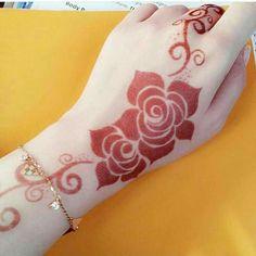Simple Mehndi Designs For Beginners Modern Henna Designs, Indian Henna Designs, Rose Mehndi Designs, Latest Bridal Mehndi Designs, Full Hand Mehndi Designs, Mehndi Designs 2018, Henna Art Designs, Mehndi Designs For Beginners, Mehndi Design Photos