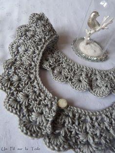 C comme Coton. Col Crochet, Crochet Diy, Crochet Collar, Lace Collar, Crochet Motif, Crochet Patterns, Faux Col, Knit Fashion, Crochet Clothes