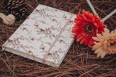 La Conviteria - Moleskine #wedding #cartonagem #casamento #gif #bodas #15anos #love #papelaria #exclusividade #amor #personalizados #moleskine #gif