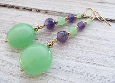 Boucles d'oreilles avec améthyste, pendentifs jade vert, bijoux pierres de gemmes : Boucles d'oreille par sofiabijoux