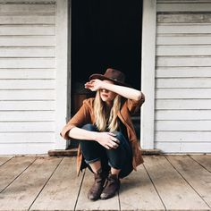Hat, boots