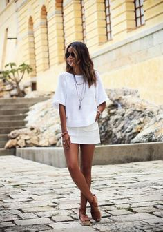 Cute and Casual Outfits This Summer Fashion trends White Outfits, Casual Outfits, Look Fashion, Womens Fashion, Fashion Trends, Latest Fashion, Fashion Ideas, Fashion Outfits, August Outfits