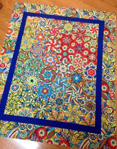 """I just had to quickly share with you a few photos of the finished OBW """"Samba"""" quilt top mentioned in yesterday's post… I think adding the narrow inner border in that deep bl… One Block Wonder, Quilt Top, Quilts, Blanket, Samba, Deep, Photos, Scrappy Quilts, Pictures"""