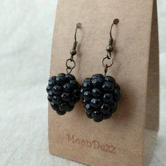 Blackberry earrings in 3 designs Realistic berry earrings Funky Earrings, Diy Earrings, Flower Earrings, Polymer Clay Charms, Polymer Clay Earrings, Cute Jewelry, Jewelry Accessories, Jewlery, Funky Jewelry
