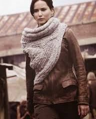 Free Pattern Crochet Katniss Cowl: I don't know how to knit with needles so I will be trying to replicate this with my knitting looms. I want it so much!