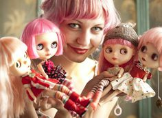 pink hair (Mab Graves and her pink haired Blythe girls).