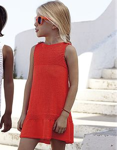 Dress pattern by Fil Katia : Ravelry: Dress pattern by Fil Katia Summer Knitting, Knitting For Kids, Baby Knitting, Little Girl Dresses, Girls Dresses, Laine Katia, Girls Crop Tops, Sewing Clothes, Simple Dresses