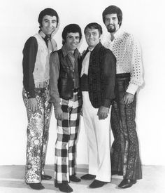 "The Four Seasons in ""mod"" late fashions! Jersey Boys, Bob Gaudio, Tommy Devito, Boys Blog, Frankie Valli, Music Do, Idole, Types Of Music"