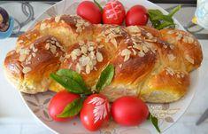 Τσουρέκια με μαγιά, με ή χωρίς μίξερ! (VIDEO) Greek Desserts, Greek Recipes, Holiday Baking, Sushi, Breakfast Recipes, French Toast, Sweets, Bread, Chicken