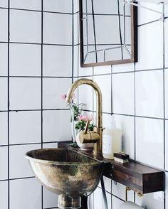 """627 gilla-markeringar, 9 kommentarer - S T I L T J E (@stiltje.se) på Instagram: """"Lovely small sink i did find at @myscandinavianhome blog. Perfect for small rooms. And big.I dont…"""""""