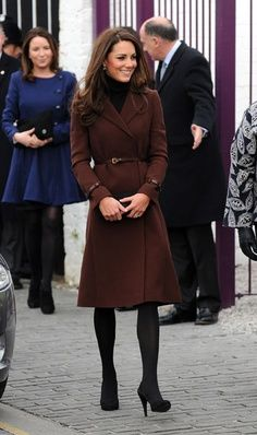 Kate Middleton – love the outfit – she is so pretty | best stuff