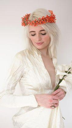 fumbalinas - A/W 15 #bridal #wreath #headpiece#pastel #orange #flowers #flowergirls