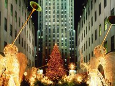 christmas_at_rockefeller_center_new_york_city_new_york___id_35282__premium-1600x1200