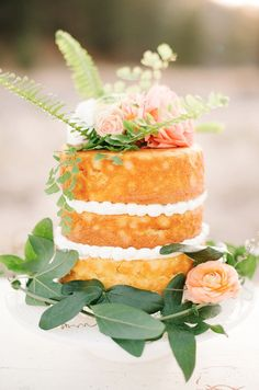 Three Tier Unfrosted Yellow Cake | photography by http://danielcruzphoto.com/