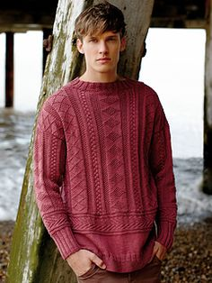 Rowan knitting patterns, Rowan Softknit Collection, Kenmare, from Laughing Hens Rowan Knitting Patterns, Knitting Designs, Knitting Stitches, Knit Patterns, Hand Knitting, Mens Knit Sweater, Hand Knitted Sweaters, Raglan, Look