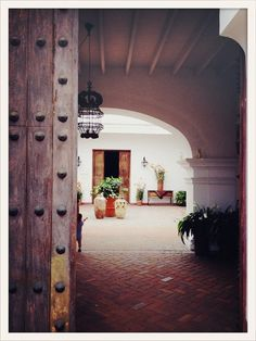 Amazing museum, beautiful grounds and a fantastic restaurant. Not to be missed // Museo Larco, Lima http://www.museolarco.org