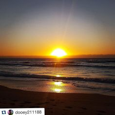 """When you experience moments like this it only makes you want to see more! Thankyou @dooey211188 for sharing this with us! ・・・ """"Sunrise in surfers paradise"""" #travel #inspiration #adventure #sunrise #australia #globalworkandtravel"""