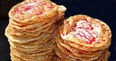 Uno de los manjares más preciados de los hondureños son las hojaldras u hojuelas, una delicia que la mayor parte compra en la calle y pocos saben como hacerlas, aquí les entregamos la receta que les permitirá disfrutarlasendonde quiera que estén… Ingredientes: 2   Huevos 1   Cucharadita de azúcar 1   […]