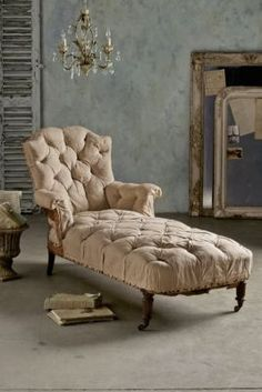 French Meridian Chaise - 19th Century French Chaise, Linen Upholstery, Curved Back | Soft Surroundings