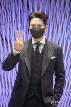 Joo Won, South Korea, Suit Jacket, Actors, Blazer, Suits, Jackets, September, Moon