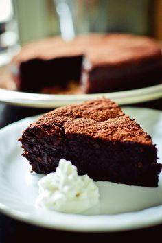 Flourless hazelnut and chocolate cake. So chocolatey and DELICIOUS!!
