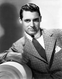 """Cary Grant You know what they say about guys with big lapels: one, they are """"out of touch with style,"""" but mostly people say, """"they will ne. Hollywood Men, Vintage Hollywood, Hollywood Stars, Classic Hollywood, Hollywood Fashion, Hollywood Glamour, Cary Grant Randolph Scott, Gary Grant, Becoming An American Citizen"""