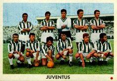 JUVENTUS F. C. - Turín, Italia - Temporada 1962-63 - Nicolè, Salvadore, Mattrel, Castano y Emoli; Del Sol, Stacchini, Sivori, Crippa, Sarti y Amaro - La Juventus fue subcampeona en la Liga italiana