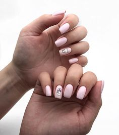 35 Beautiful Pink Nail Designs Looking for hot pink nail designs? If you've been a little unsure about pink, we encourage you to check this list & see how it can look super cute on your nails Fall Nail Art Designs, Pink Nail Designs, Baby Pink Nails, American Nails, White Acrylic Nails, Rose Nails, Cat Nails, Nails Tumblr, Perfect Nails