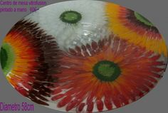 Centro de mesa girasol Fused Glass Art, Stained Glass, Art Projects, Projects To Try, Vase, Glass Flowers, Plates And Bowls, Mandala, Sculptures