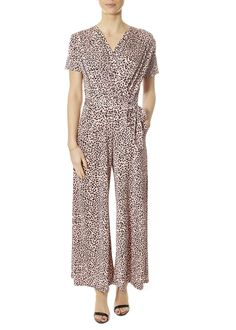 This is the 'Laurie' Short Sleeve Gaudi Pink Jumpsuit by stunning brand Onjenu. The Laurie is our relaxed 'culotte' style midi-length jumpsuit that comes with a belt that can be used either to enhance the waist or as a neck-scarf. Womens Jumpsuits, Black Pleated Skirt, Pink Jumpsuit, Neck Scarves, Gaudi, Black Tops, Short Sleeves, London, Clothing