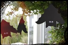 Mira cómo hacer estos murciélagos colgantes en http://youtu.be/CPLCqAgKbOE