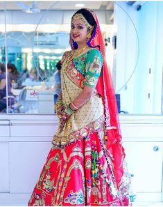 Indian Bridal Outfits, Indian Bridal Lehenga, Indian Bridal Fashion, Indian Designer Outfits, Choli Designs, Fancy Blouse Designs, Lehenga Designs, Celebrity Casual Outfits, Bridal Lehenga Collection