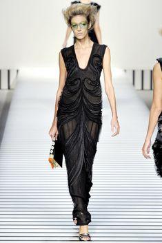 Fendi Spring 2012 Ready-to-Wear Fashion Show - Anja Rubik