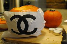How to carve a CHANEL pumpkin for Halloween – In Pictures #chanel #pumpkin #halloween #fashion #paris