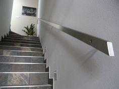 Selezionare con cura un corrimano per scale è un'operazione fondamentale, spesso trascurata. Servono consigli?