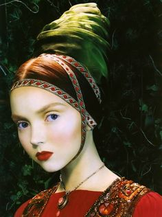 "Lily Cole ""Like a painting"" photo by Miles Aldrigde"
