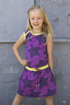 liiviundliivi: In love with Retro-Dress plus Verlosung