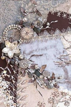 Doesn't this make you want to learn to embroider?  Isn't this phenomenal work!