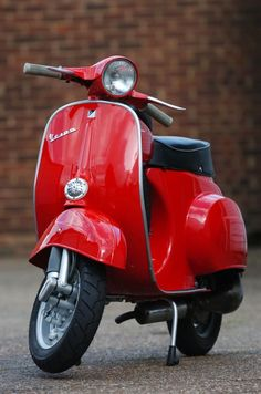 """The Vespa is a line of scooters patented on April 1946 by the company Piaggio & Co, S. The name Vespa, which means """"wasp"""" in Italian, was chosen by Enrico Piaggio. Vespa 90 Ss, Moto Vespa, Red Vespa, Piaggio Vespa, Lambretta Scooter, Best Scooter, Scooter Bike, Triumph Motorcycles, Custom Motorcycles"""
