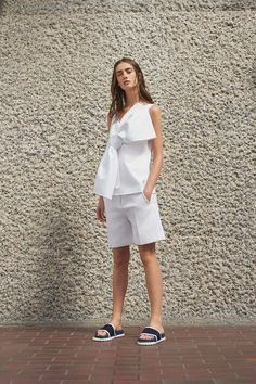 Victoria, Victoria Beckham - Spring 2017 Ready-to-Wear