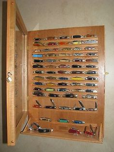 knife display wall shadow box cabinet with glass door Glass Cabinet Doors, Glass Door, Knife Display Case, Victorinox Knives, Knife Storage, Display Wall, Tool Organization, Scouting, Knifes