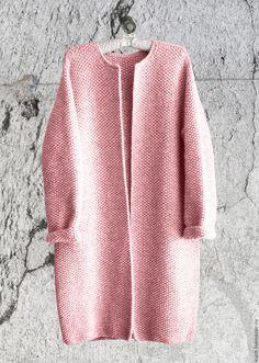 Верхняя одежда ручной работы. Ярмарка Мастеров - ручная работа. Купить Пальто Оверсайз Вязаное Норка (Розовый цвет). Handmade.