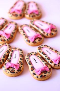 Leopard shoes icing cookies